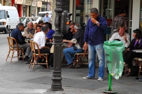 Tabac : des terrasses non fumeurs cet été