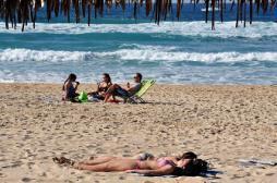Trop se protéger du soleil augmente les risques d'infarctus et d'AVC