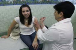 HPV : 3 fois moins de jeunes filles infectées grâce au vaccin
