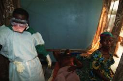 Ebola : plus de 60 % des personnes infectées décèdent