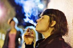 Cancer du poumon : pourquoi la mortalité grimpe chez les femmes