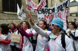 Sages-femmes : des avancées mais la grève continue