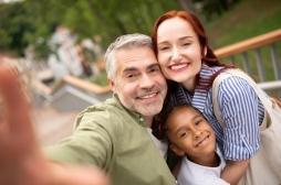 Comment se construit l'amour des parents adoptifs