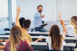 Retour obligatoire à l'école : les professeurs dans le