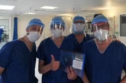 Fabrication de masques et visières de protection : comment une équipe de bénévoles s'est mise au service des soignants
