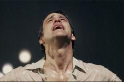 Les hommes modernes pleurent 3 fois plus en public que leurs aînés