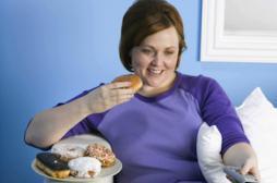 Obésité : les Britanniques conseillent d'instaurer des jours sans télé