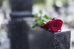 Intempéries dans le sud-est : quelles conséquences psychologiques pour la famille lorsqu'une sépulture disparaît ?