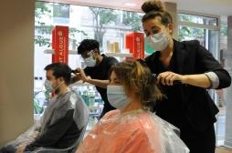 C'est la ruée vers les ciseaux des coiffeurs !