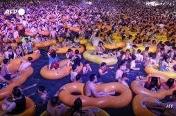 La soirée techno géante de Wuhan fait jaser