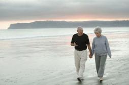 Sexualité : les seniors boudent le préservatif
