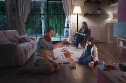 Alzheimer : une campagne vidéo pour aider les aidants