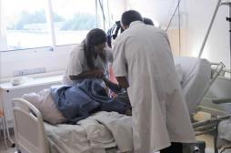 Hôpital public : hausser les salaires pour attirer les jeunes médecins