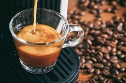 Le café peut-il vraiment rendre aveugle ?