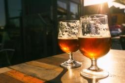 Déconfinement : peut-on boire de l'alcool après s'être fait vacciner contre la Covid-19 ?