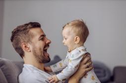 Comment les problèmes de santé du père se transmettent à l'enfant