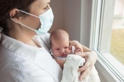 Covid-19 : le masque des adultes a-t-il un impact sur le développement des bébés ?