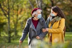 Pandémie : le moral serait meilleur chez les seniors