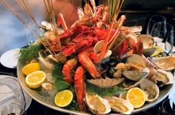Charcuterie, poisson cru...tous ces aliments risqués pendant Noël