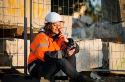 Tabagisme passif au travail : les ouvriers en sont les premières victimes