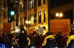 Les manifestations mondiales pourraient relancer la pandémie