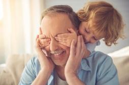 Les enfants de parents plus âgés auraient moins de problèmes comportementaux