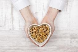 Santé cardiovasculaire : manger des noix est bon pour les patients diabétiques