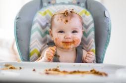 Maternité : introduire la nourriture solide avant 6 mois serait bénéfique au sommeil du bébé