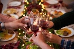 Noël : quels sont les alcools les plus nocifs pour la peau ?