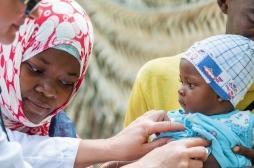 RDC : les enfants face à des épidémies meurtrières de rougeole et de choléra