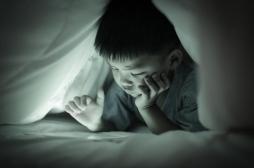 Écrans : y passer une heure par jour pendant l'enfance suffit à être dangereux