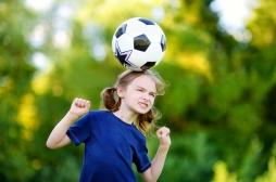 Football : la France pourrait limiter le jeu de tête chez les joueurs
