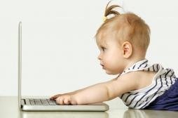 Les bébés américains passent plus de 3 heures par jour devant les écrans