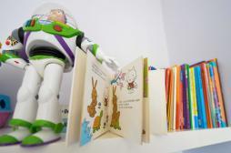 Bébés : les jouets traditionnels facilitent le langage