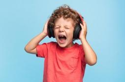 Smartphones et MP3 : l'OMS recommande de baisser le son