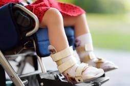 Comment une mère a pu maltraiter sa fille en fauteuil roulant pendant six ans