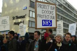Conflit : les internes paralysent le système de santé anglais