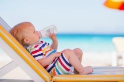 Chaleur : comment reconnaître les signes de déshydratation chez l'enfant ?