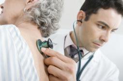 Urgences : plus de la motié des seniors admis sont hospitalisés