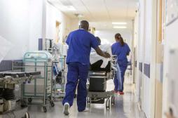 Royaume-Uni : 20 000 opérations ont été annulées en 3 mois