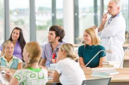Etudes de médecine : les classes favorisées surreprésentées