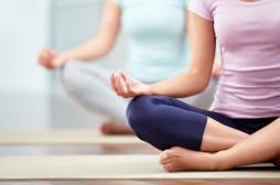 Relaxation: des cours de yoga au départ de Roissy et d'Orly