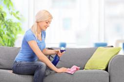 Sprays ménagers : les allergologues demandent un meilleur étiquetage