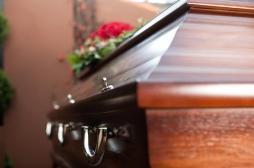 Soins funéraires : les séropositifs y ont désormais accès