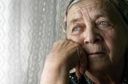Alzheimer : les antécédents familiaux influencent la progression de la maladie chez de nombreux patients