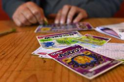 Les ados adeptes des jeux à gratter plus exposés aux addictions