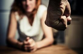 Violence conjugale : les femmes victimes ont un risque de mortalité 44% plus élevé