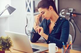 Absentéisme, perte de salaire... : les migraines sévères nuisent à la vie professionnelle