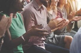 Se produire en public améliore les performances et la confiance en soi