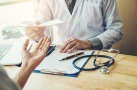 Le Medef veut pister les médecins «gros prescripteurs» d'arrêts maladie